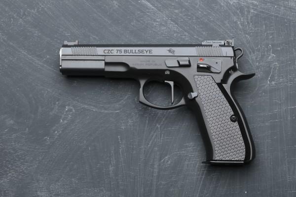CZC 75 Bullseye